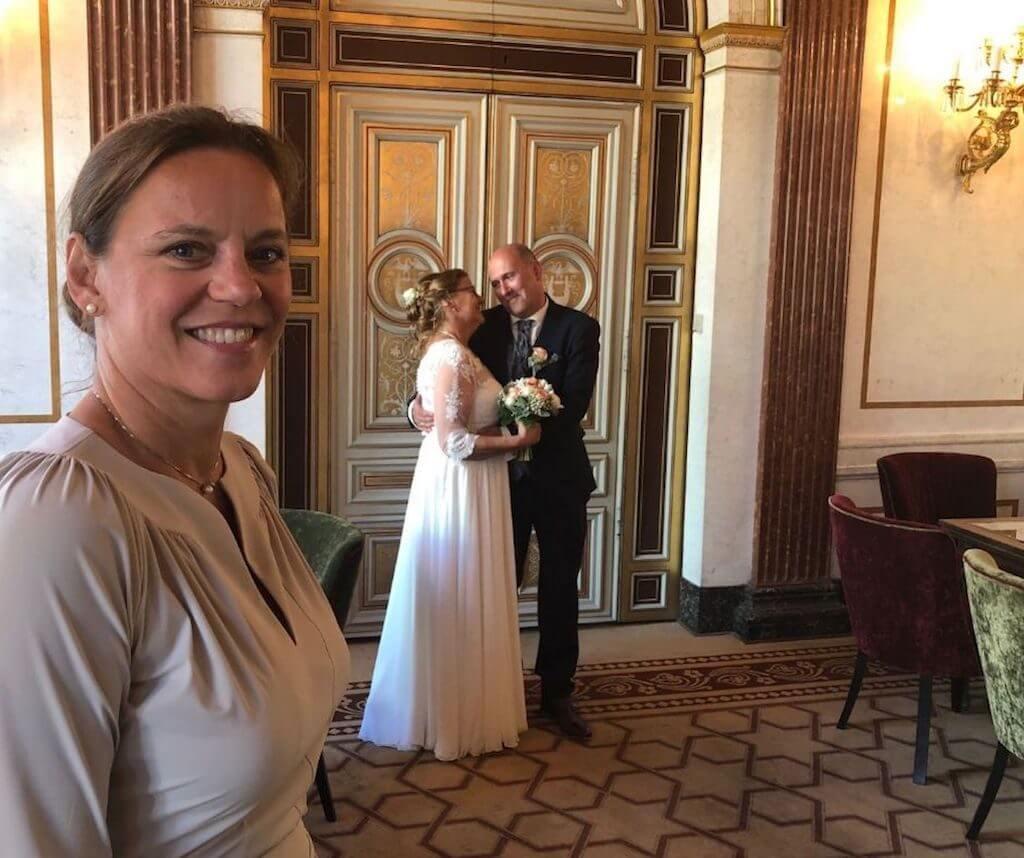 Dating über 50 – Traumhochzeit im Café Gerstner Wien