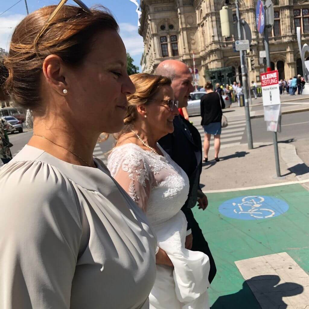 Online Dating über 50: Hochzeitspaar  in Wien